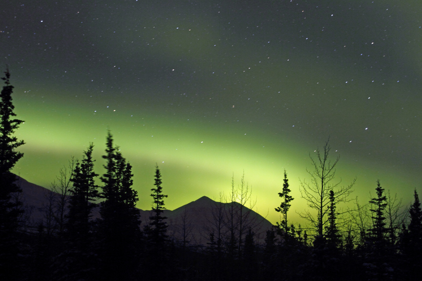 Northern Lights Deliver a Breathtaking Show During a Dark Alaskan Winter