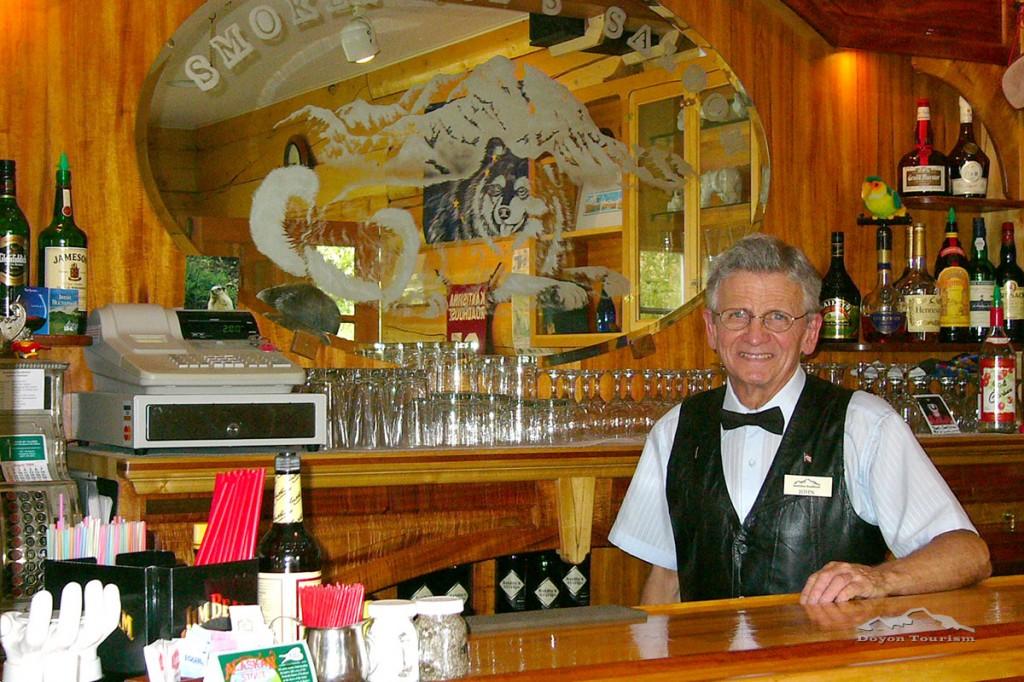 Roadhouse bar