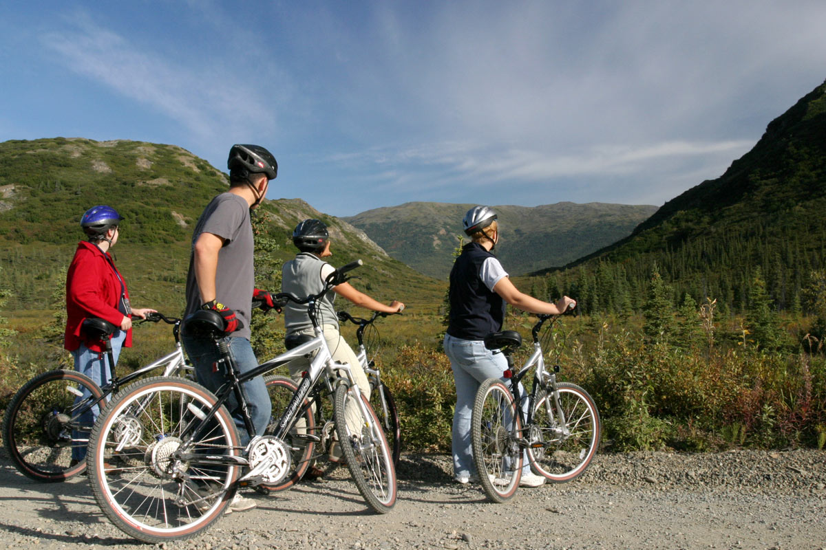 mountain-biking-kantishna-roadhouse